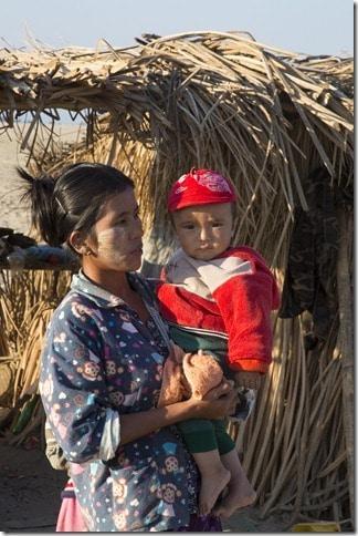 20130126_Myanmar_Ayeyarwatty_Day6_Bh[5]